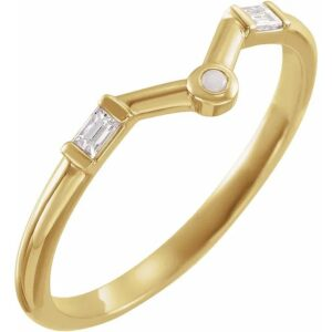 Inel Aur Galben cu Diamante si Opal Contur